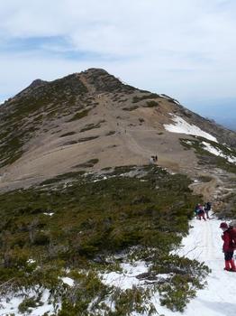 10.5.3_5根石岳へ826.jpg