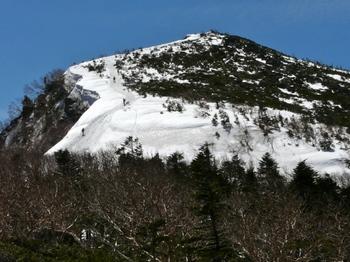10.5.3_24-2天狗岳からの下り1130.jpg
